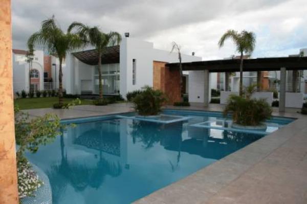 Casa en venta se vende casa guadalajara tec monterrey for Casas en renta guadalajara