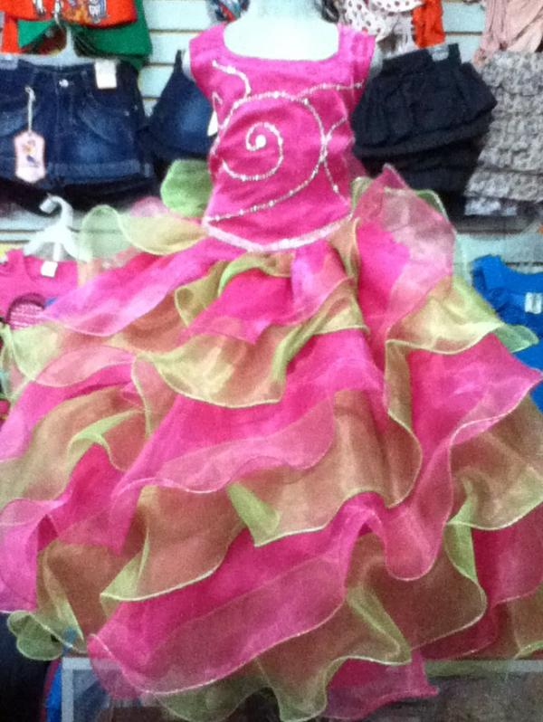 Vestidos Para Clausura Preescolar Imagui