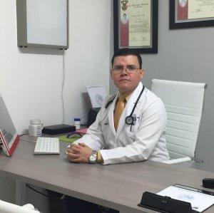 Dr. Juan Carlos Ochoa Félix / Internista Culiacán